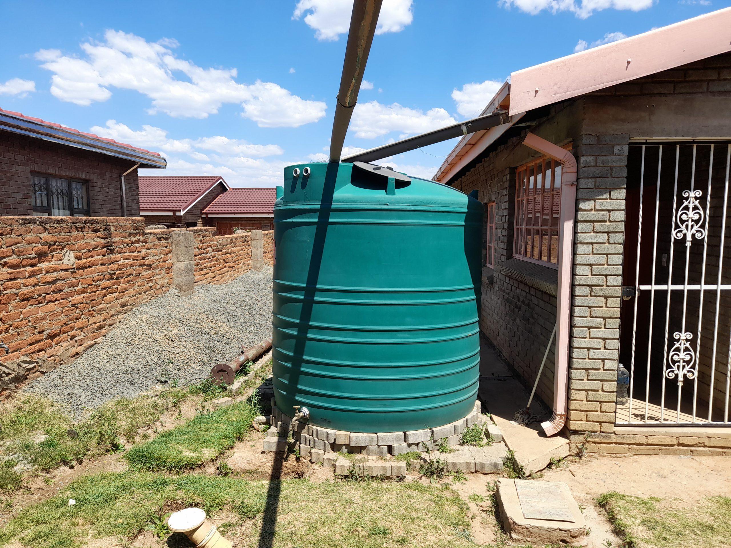 Jojo Water Tank For Sale in Qwaqwa