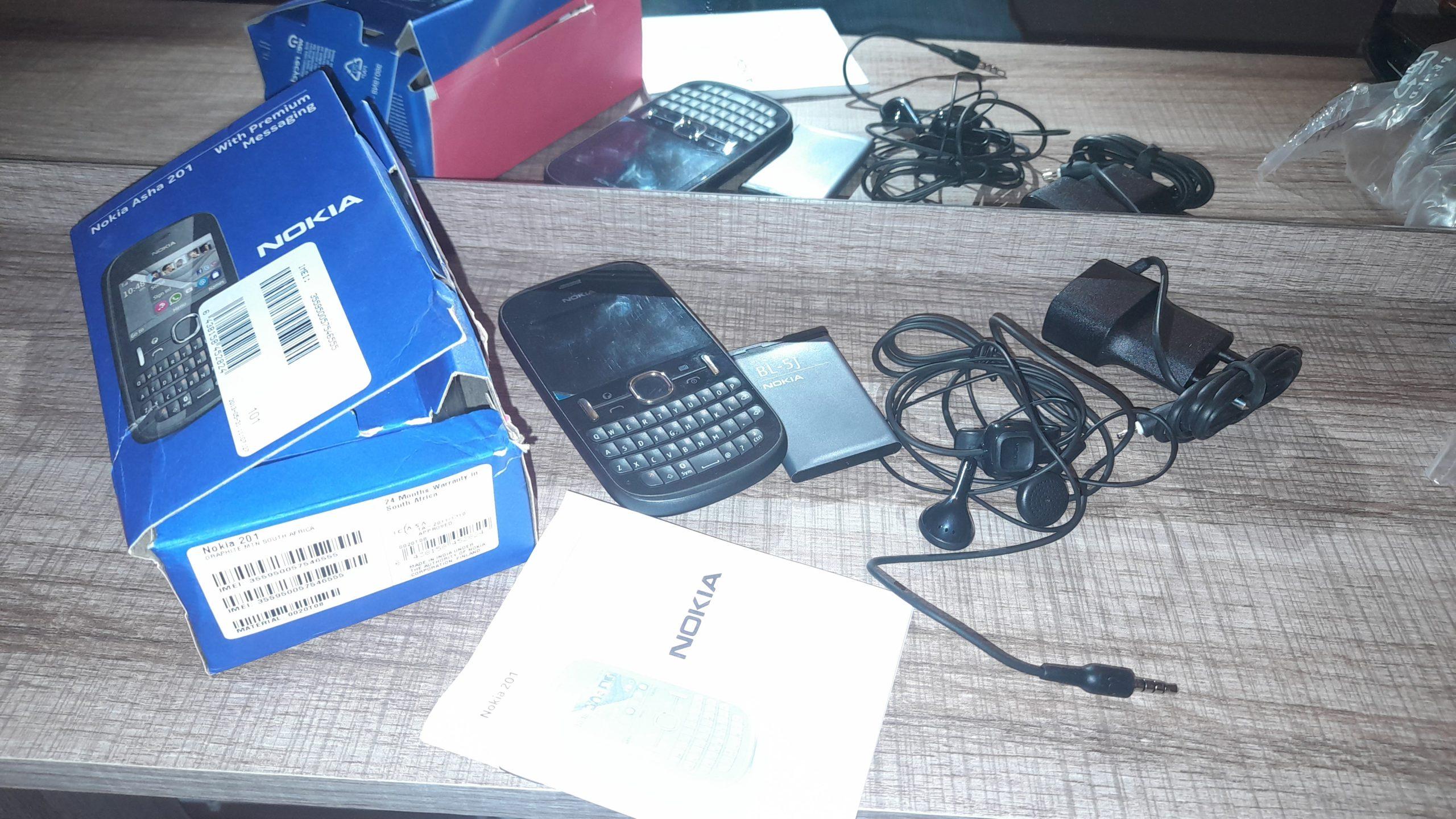 Old Nokia For Sale – Nokia Asha 201