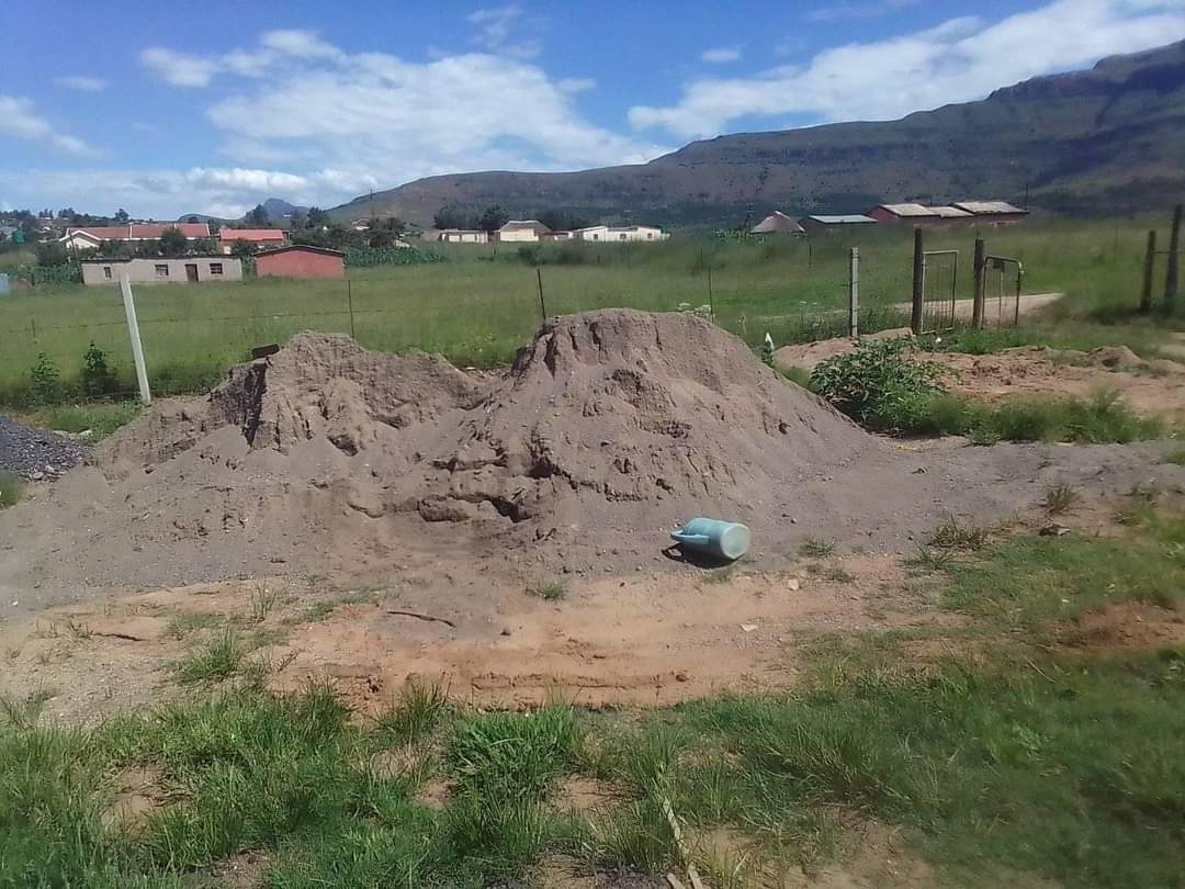 Truck Hire, Cement, Sand, Stone in Bergville