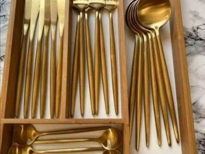 24 Piece Modern Cutlery Set For Sale
