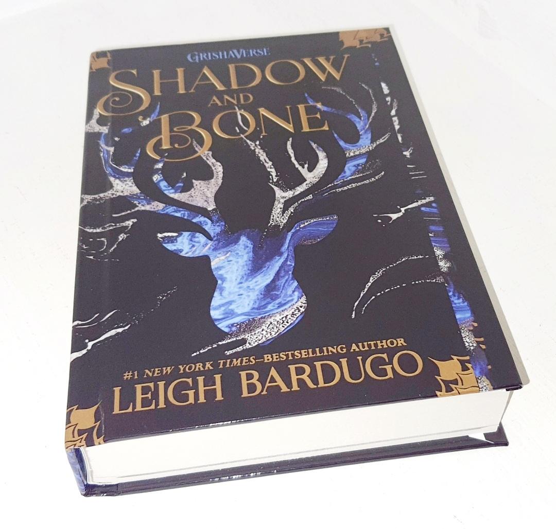 Shadow and Bone   Library Binding   Hardcover